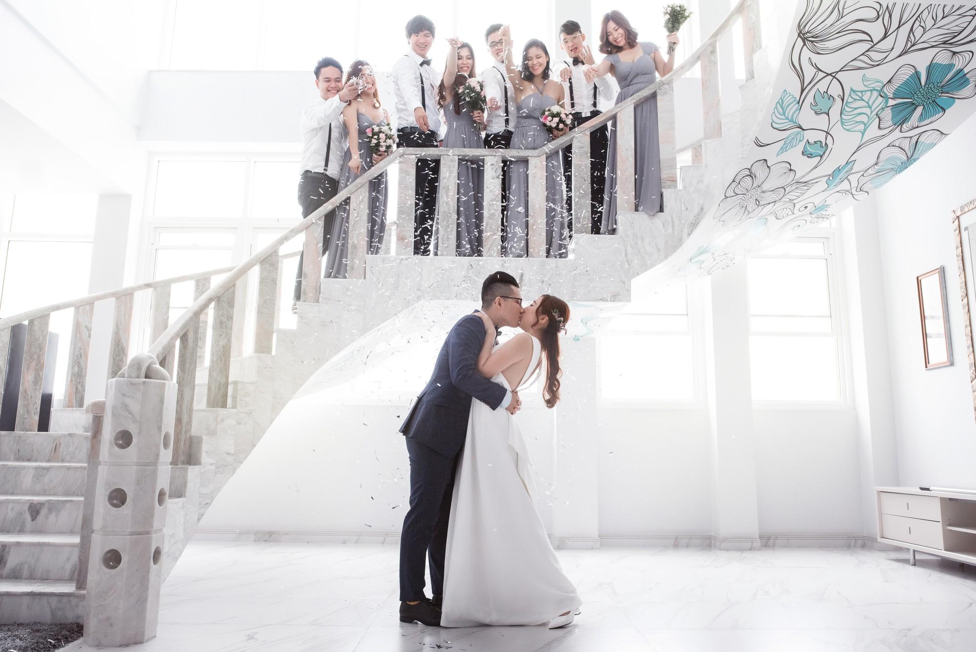 Em gái Trấn Thành kết hôn với bạn trai Hồng Kông, tung bộ ảnh cưới nhắng nhít cùng hội bạn thân - Ảnh 7.