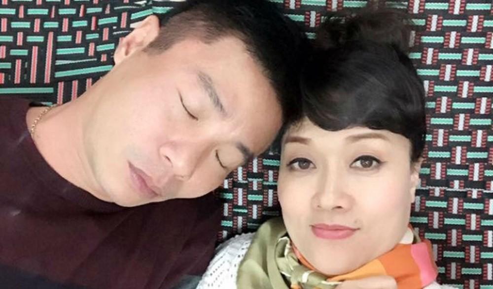 1001 dáng ngủ siêu khó đỡ của sao Việt: Cứ đặt lưng xuống là ngủ bất kể địa hình! - Ảnh 4.