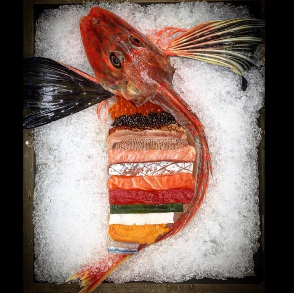 Những phần sashimi sống động có chút rợn người thế này bạn có dám thử không? - Ảnh 1.