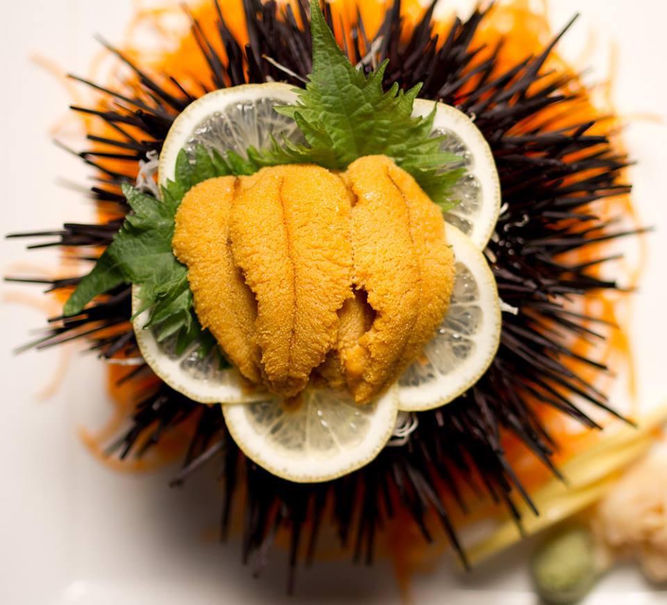 Những phần sashimi sống động có chút rợn người thế này bạn có dám thử không? - Ảnh 4.