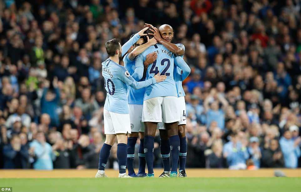 Man City lập liên tiếp 3 kỷ lục Ngoại hạng Anh - Ảnh 10.