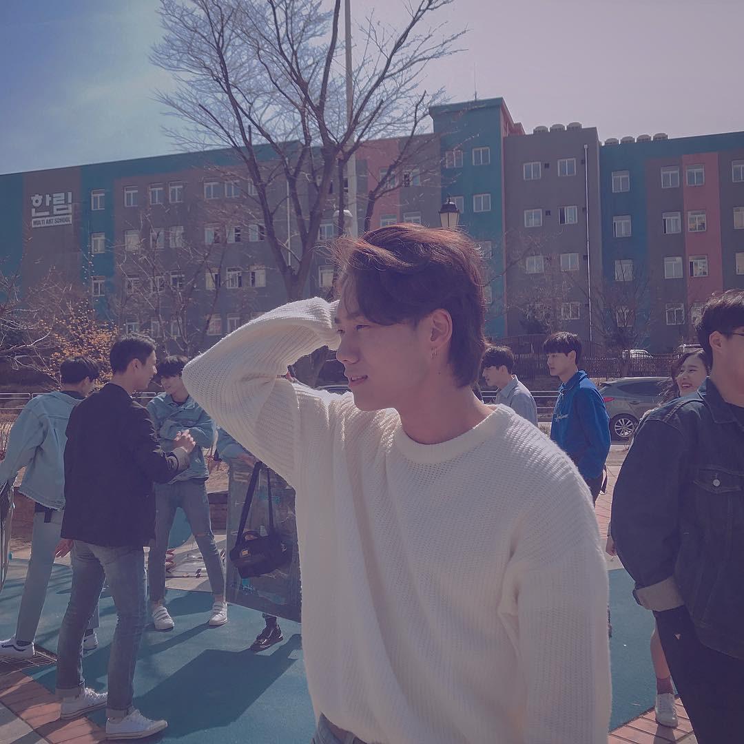 Ngôi trường ở Hàn Quốc này sẽ khiến bạn muốn đăng ký học ngay vì cứ đi 3 bước là gặp trai xinh gái đẹp - Ảnh 4.