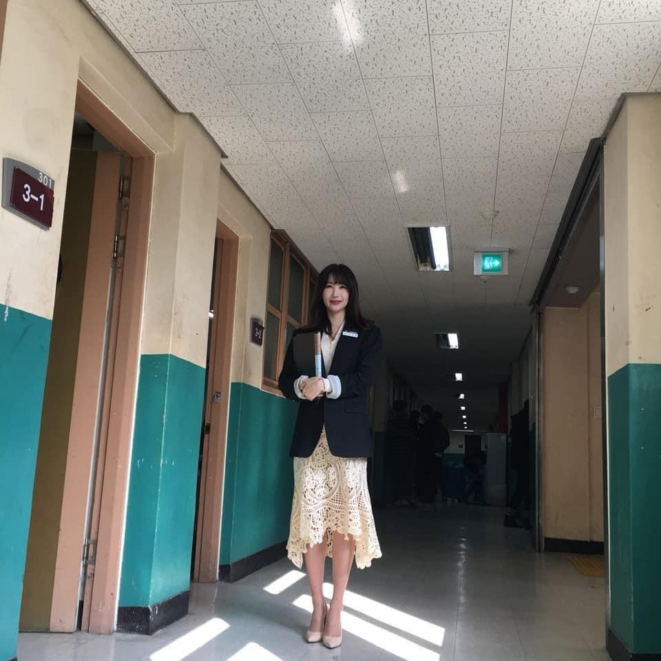Ngôi trường ở Hàn Quốc này sẽ khiến bạn muốn đăng ký học ngay vì cứ đi 3 bước là gặp trai xinh gái đẹp - Ảnh 6.