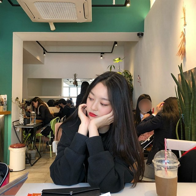 Ngôi trường ở Hàn Quốc này sẽ khiến bạn muốn đăng ký học ngay vì cứ đi 3 bước là gặp trai xinh gái đẹp - Ảnh 9.