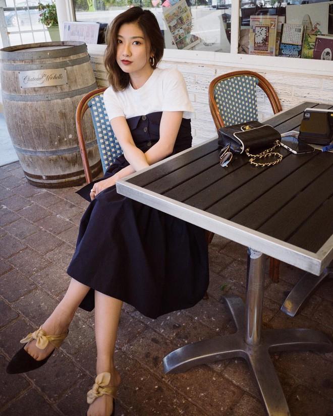 Các quý cô châu Á thi nhau khoe chân dài, eo thon trong loạt street style đầu hè - Ảnh 20.