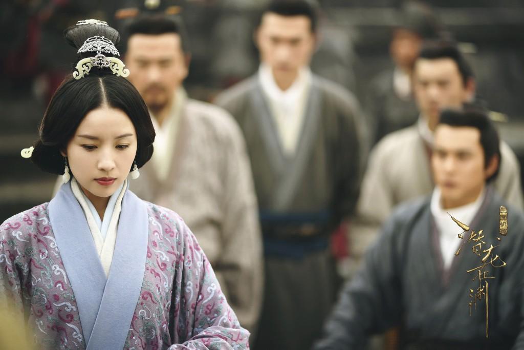 Hậu scandal ngoại tình, Bạch Bách Hà - Đổng Khiết chật vật trở lại màn ảnh nhỏ - Ảnh 11.