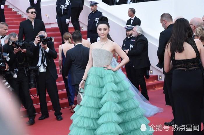 Chiêu trò câu giờ tại Cannes: Người đẹp hạng A lẫn mỹ nhân vô danh đang vứt thể diện trên đấu trường quốc tế? - Ảnh 8.