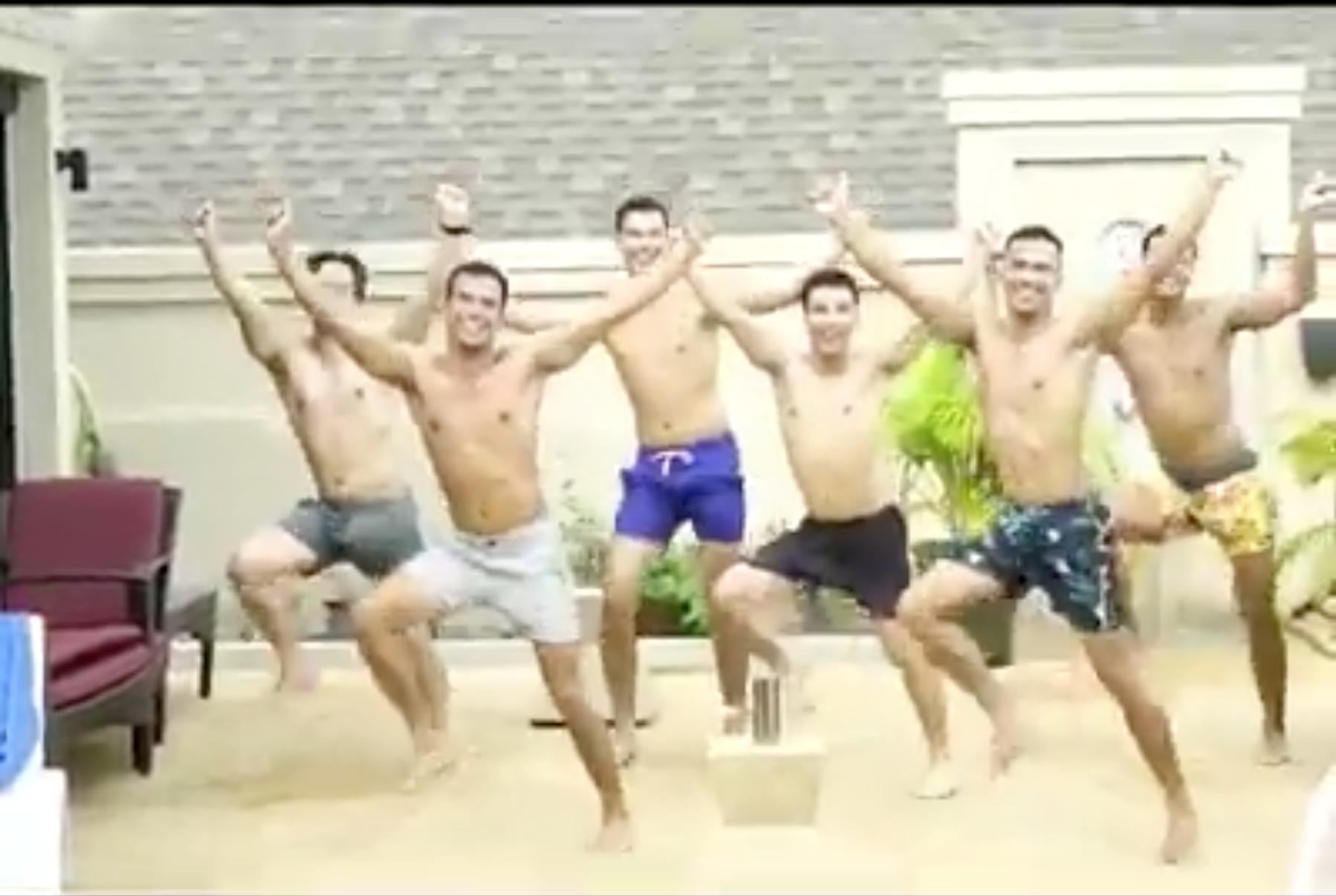 Clip: 6 thanh niên nhảy cover BBoom BBoom gây sốt MXH vì lầy không để đâu cho hết - Ảnh 2.
