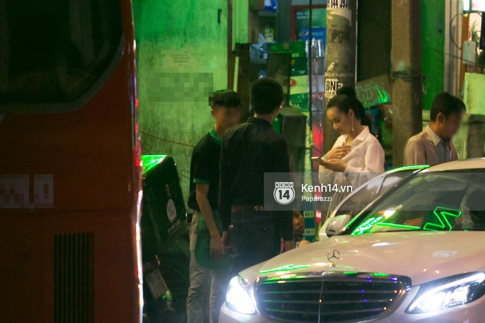 Sau cuộc đụng độ với Khánh My, Nhã Phương rời sự kiện cùng đi ăn ở một quán quen với chị gái - Ảnh 5.