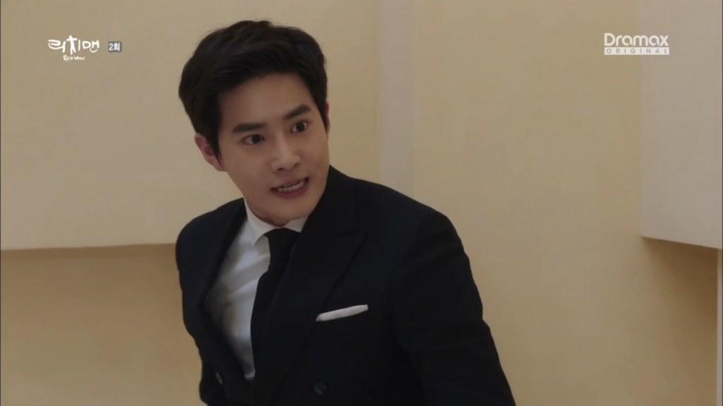 Sau Baekhyun và Kai, thêm một thành viên EXO gây bão với diễn xuất dở thần sầu - Ảnh 2.