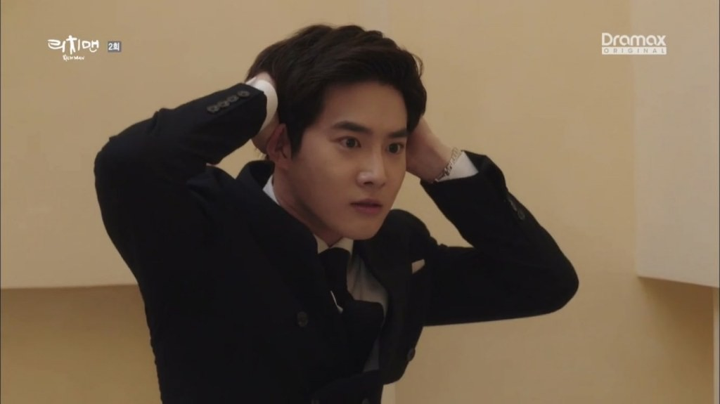 Sau Baekhyun và Kai, thêm một thành viên EXO gây bão với diễn xuất dở thần sầu - Ảnh 3.