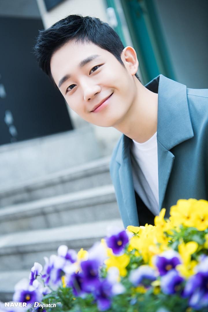 Dispatch tung bộ ảnh zoom đến từng lỗ chân lông của Jung Hae In: Đẳng cấp mỹ nam khiến chị đẹp mê mẩn là đây? - Ảnh 14.