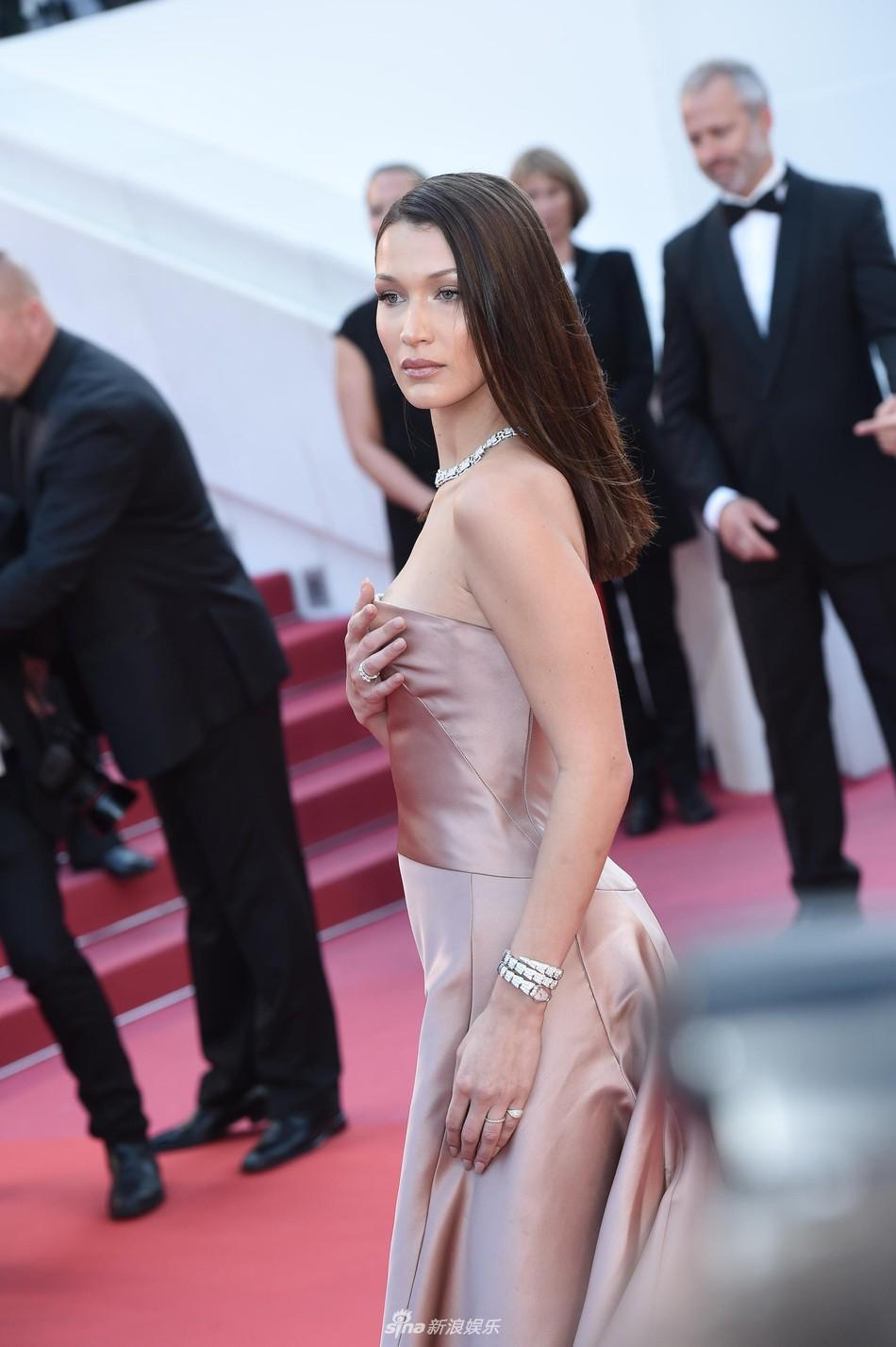 Thảm đỏ Cannes: Đây mới chính là nữ hoàng Phạm Băng Băng mà tất cả cùng mong chờ! - Ảnh 22.