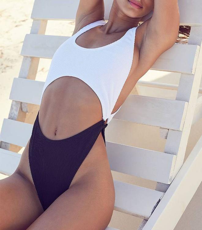 Cô nàng BTV thời trang này sẽ chỉ cho bạn mẫu đồ bơi giúp kéo chân cực đỉnh cho mùa đi biển - Ảnh 8.