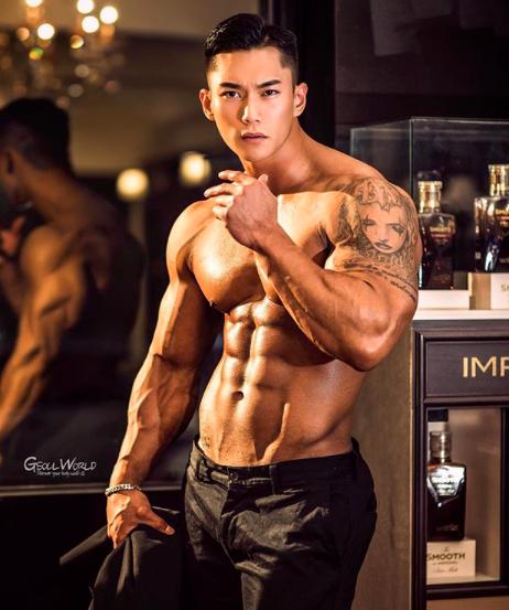 Muốn có động lực tập gym, hãy nhìn sự lột xác của soái ca Hàn Quốc này - Ảnh 2.