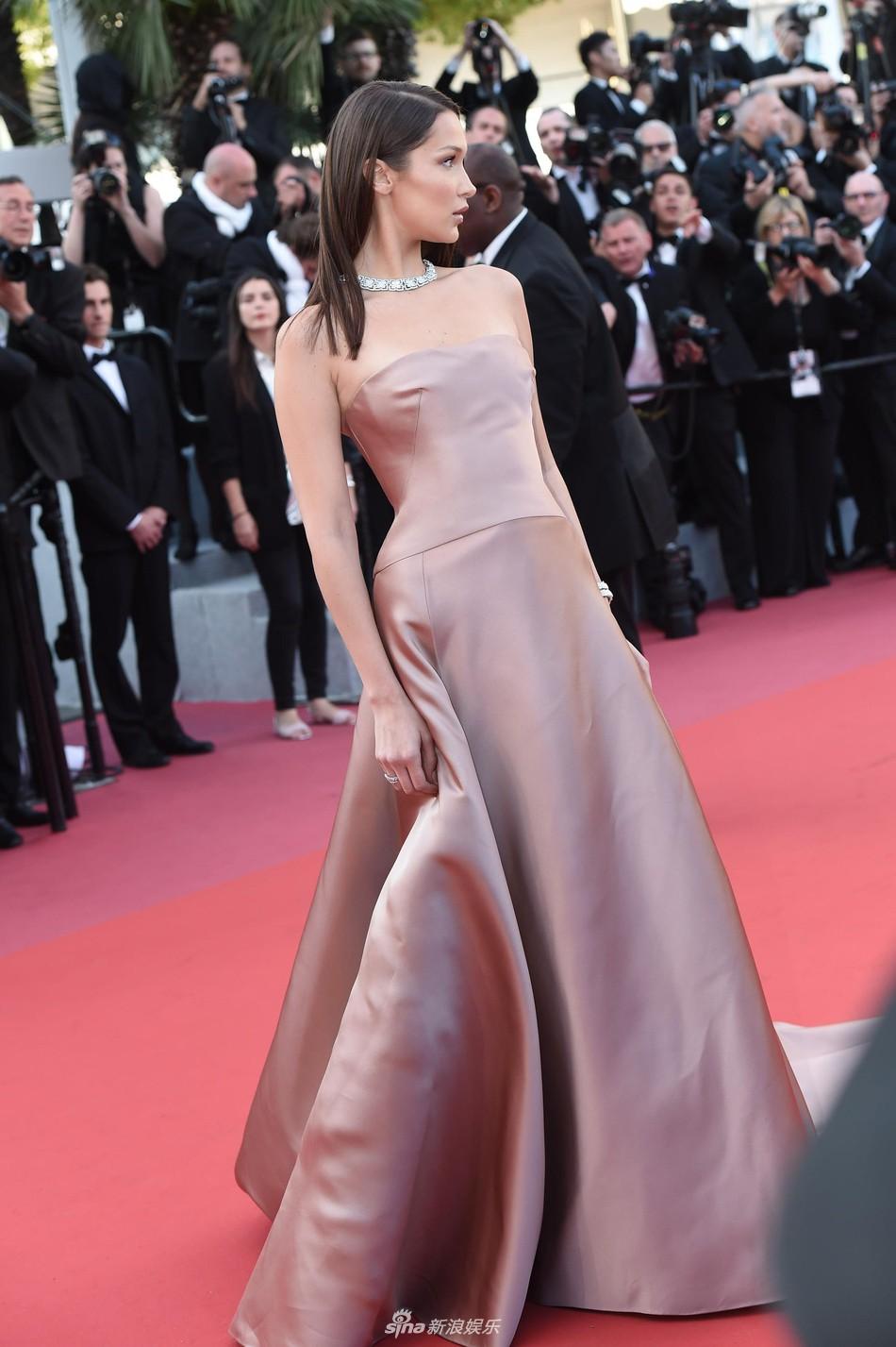 Thảm đỏ Cannes: Đây mới chính là nữ hoàng Phạm Băng Băng mà tất cả cùng mong chờ! - Ảnh 21.
