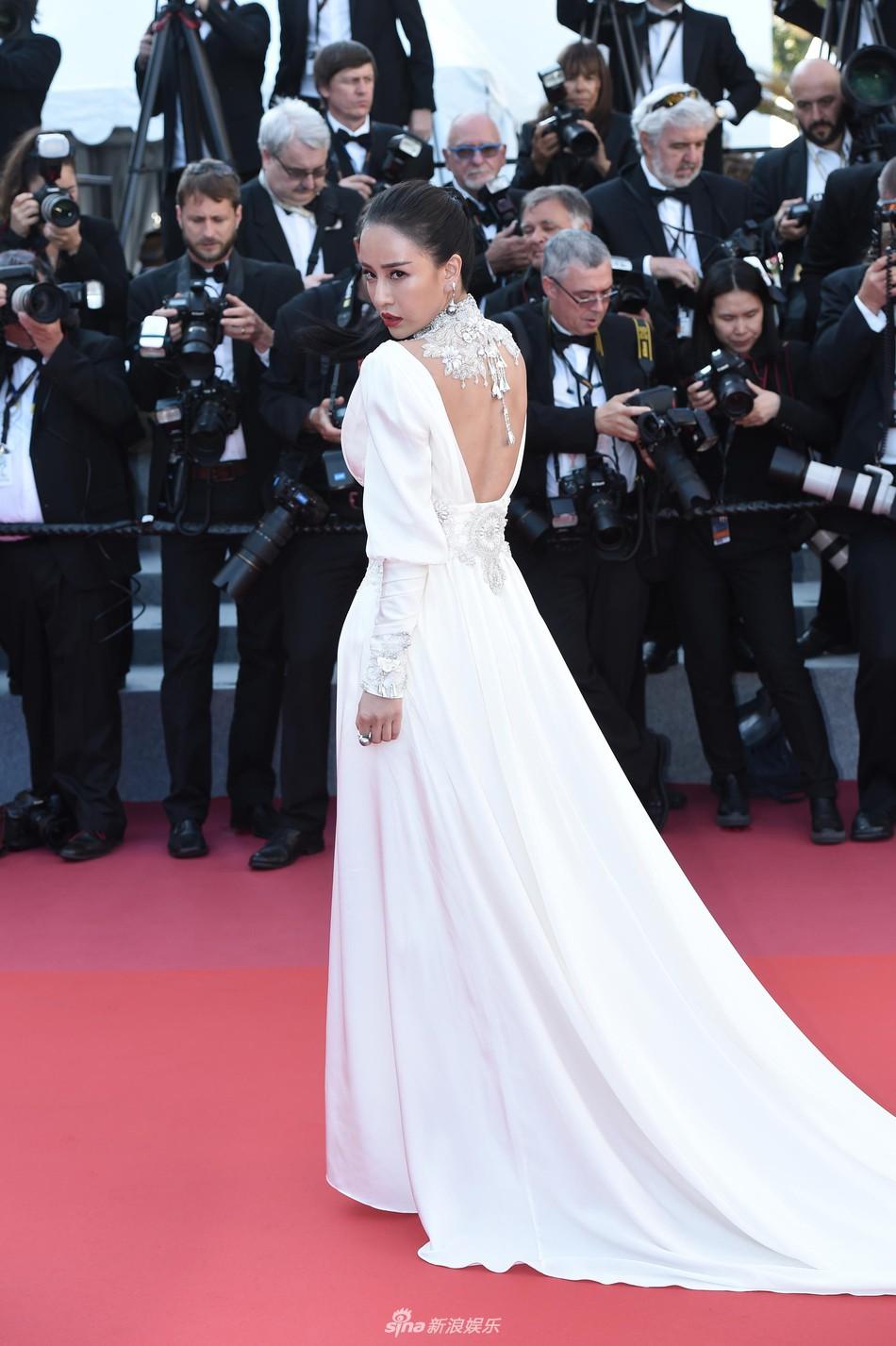 Thảm đỏ Cannes: Đây mới chính là nữ hoàng Phạm Băng Băng mà tất cả cùng mong chờ! - Ảnh 17.