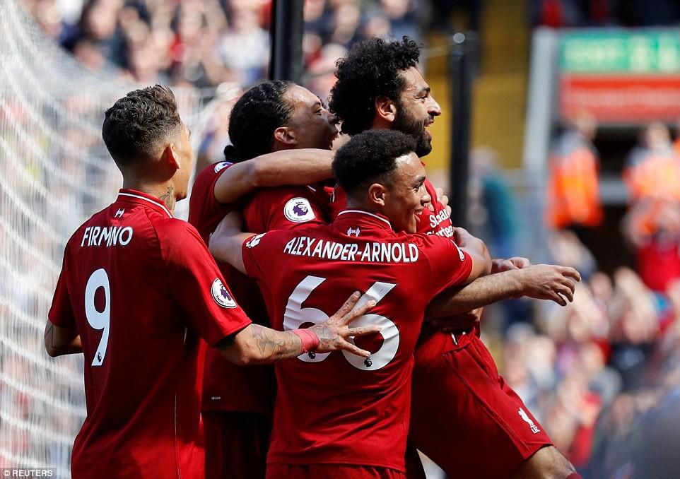 Salah phá kỷ lục của Ronaldo, Suarez, trở thành tượng đài mới ở Ngoại hạng Anh - Ảnh 7.