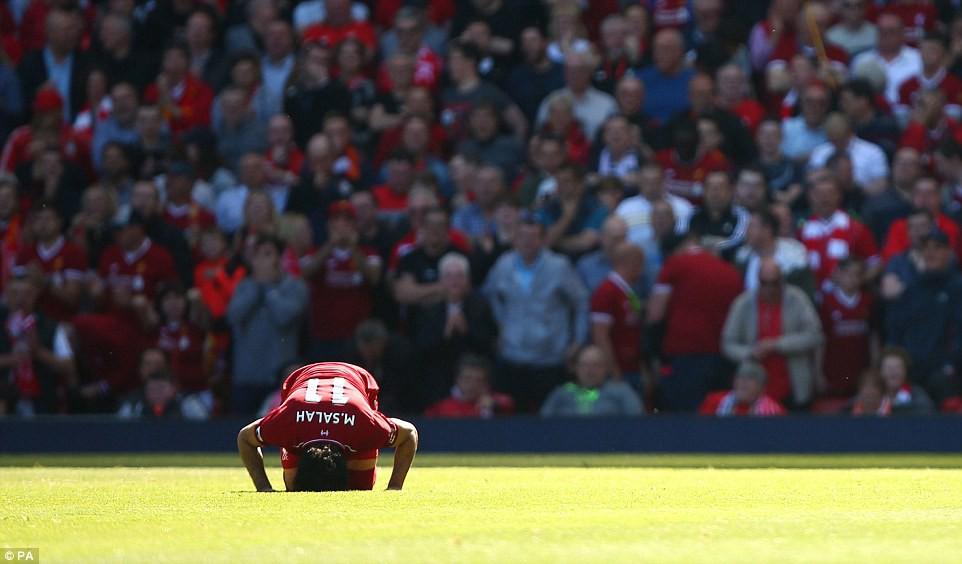 Salah phá kỷ lục của Ronaldo, Suarez, trở thành tượng đài mới ở Ngoại hạng Anh - Ảnh 6.