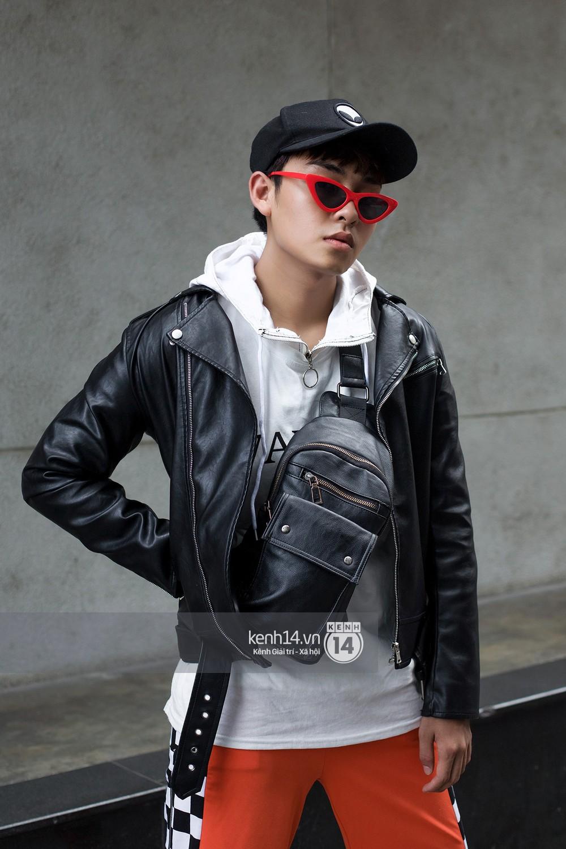 Street style giới trẻ Việt: Hà Nội toàn áo 2 dây và xuyên thấu mát mẻ; Sài Gòn vẫn điệp khúc càng ấm càng chất - Ảnh 18.