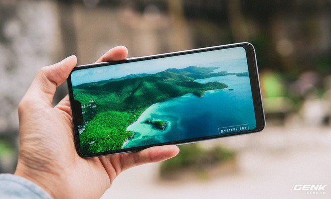 Ngoài iPhone X, đây là những smartphone tai thỏ tốt nhất mà bạn có thể sở hữu ngay bây giờ - Ảnh 1.