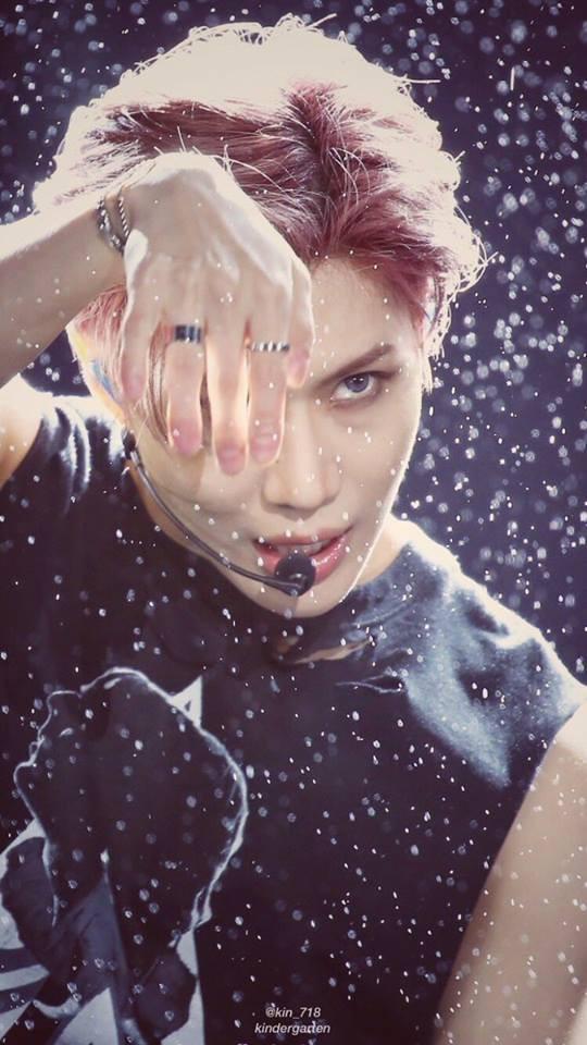 Taemin (SHINee) biểu diễn dưới mưa tại Dream Concert: Đẹp như một bức tranh! - Ảnh 5.