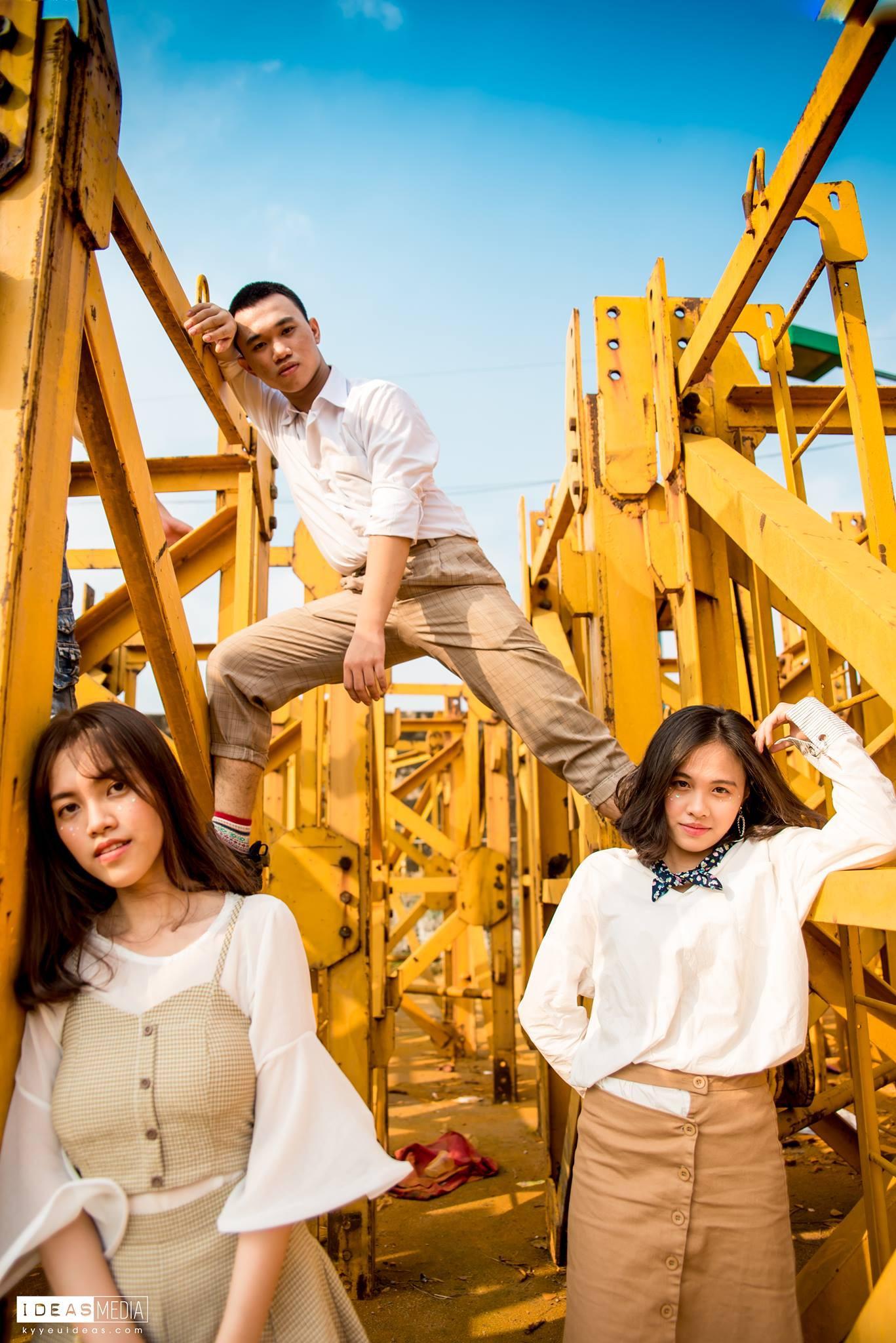 HS trường Trưng Vương Sài Gòn chụp ảnh kỷ yếu theo phong cách Phía trước là bầu trời - Ảnh 6.