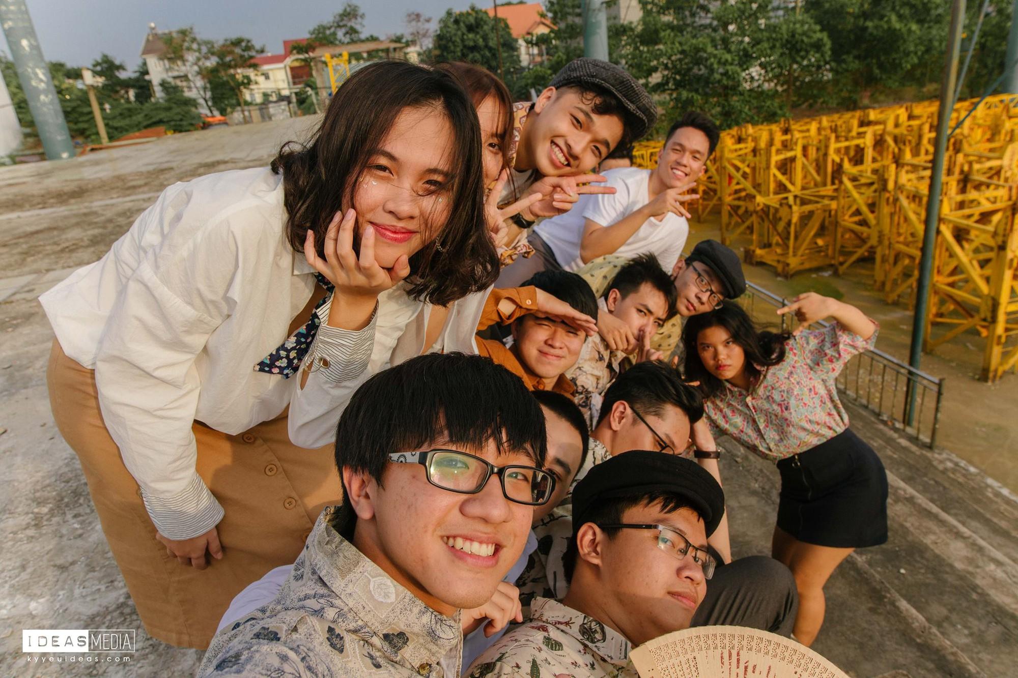 HS trường Trưng Vương Sài Gòn chụp ảnh kỷ yếu theo phong cách Phía trước là bầu trời - Ảnh 7.