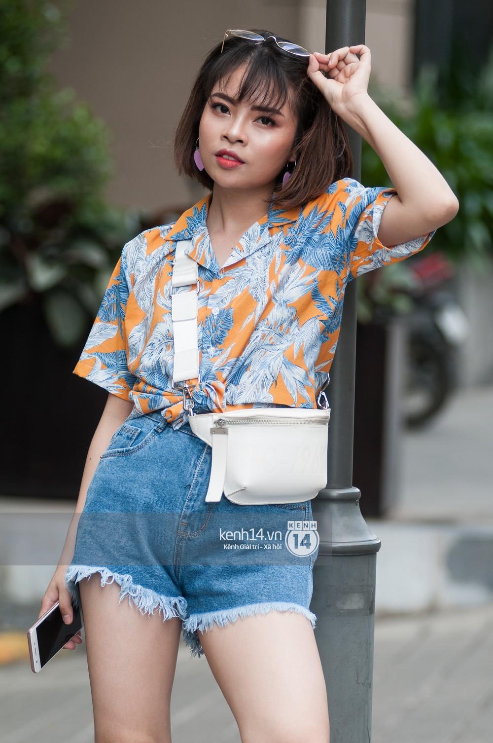 Street style giới trẻ Việt: Hà Nội toàn áo 2 dây và xuyên thấu mát mẻ; Sài Gòn vẫn điệp khúc càng ấm càng chất - Ảnh 6.