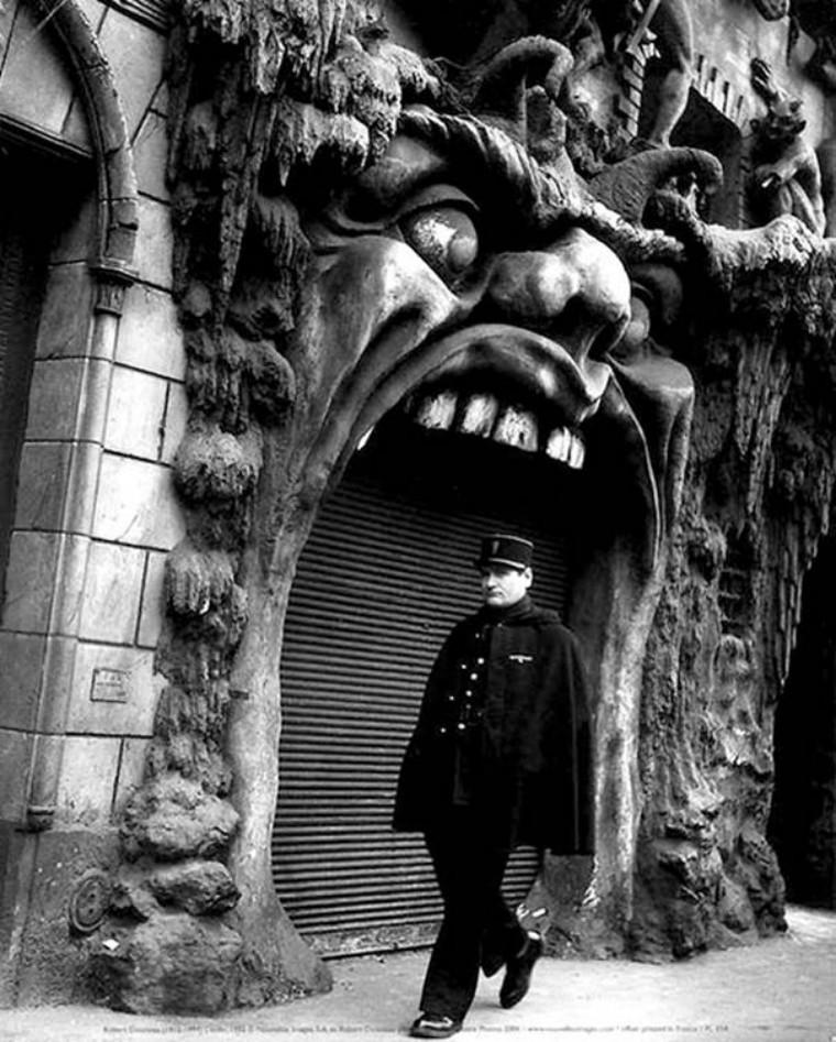 100 năm trước đây là những tấm ảnh bình thường, còn bây giờ càng nhìn càng thấy rùng rợn khó tả - Ảnh 9.