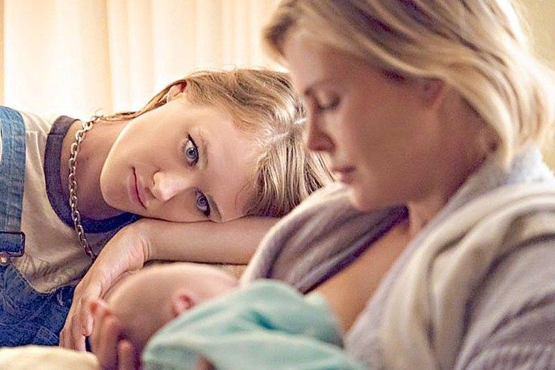Tully – Làm mẹ đã khó, làm mẹ bầu còn khổ hơn! - Ảnh 6.