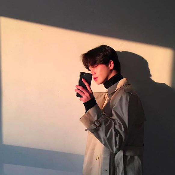 Chàng trai Hàn Quốc này sẽ khiến bạn phải thốt lên: Đẹp như tranh hoá ra là có thật! - Ảnh 14.