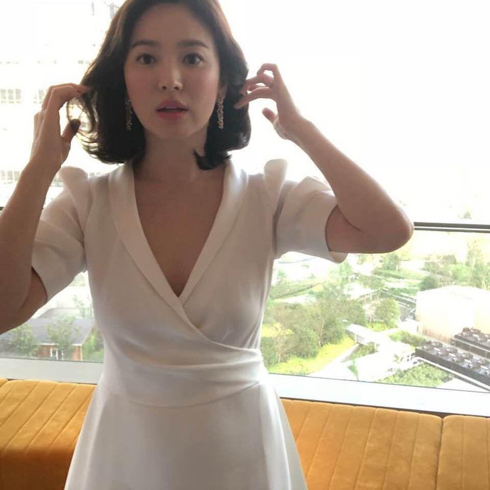 Song Hye Kyo tại sự kiện hôm nay: Chưa cần ảnh HD căng đét đã đẹp khó tin đến nhường này - Ảnh 12.