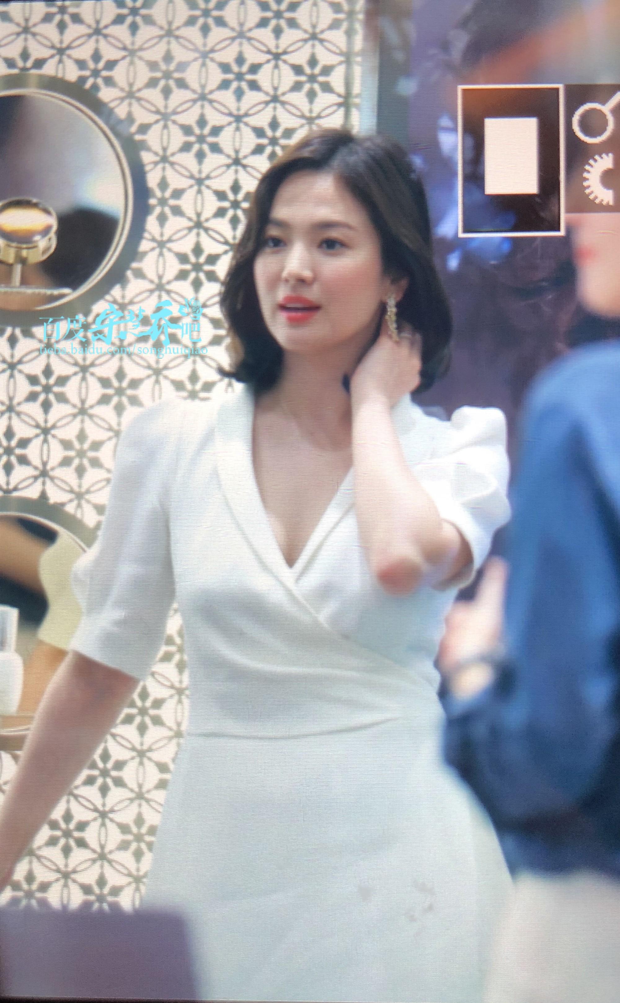 Song Hye Kyo tại sự kiện hôm nay: Chưa cần ảnh HD căng đét đã đẹp khó tin đến nhường này - Ảnh 3.