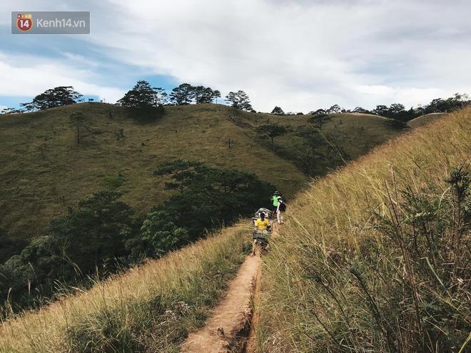 Hàng chục người tìm kiếm nam phượt thủ mất tích suốt 3 ngày khi leo Tà Năng - Phan Dũng: Kiện chỉ còn ít nước và 1kg chả - Ảnh 4.