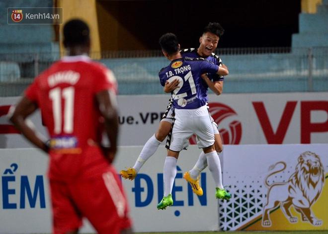 Hà Nội FC nghẹt thở loại HAGL khỏi Cúp Quốc gia với pha ghi bàn bằng lưng - Ảnh 3.