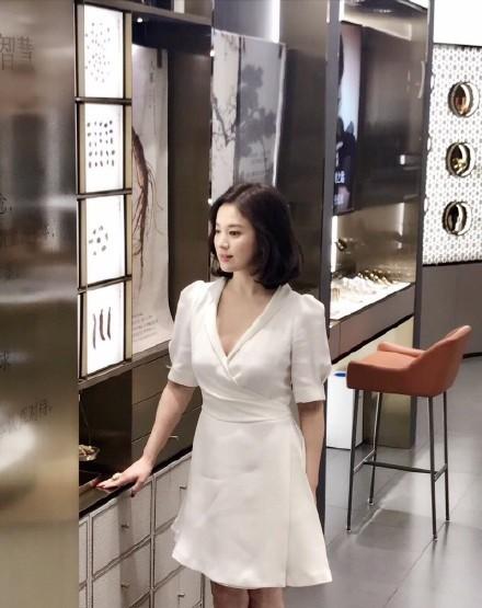 Song Hye Kyo tại sự kiện hôm nay: Chưa cần ảnh HD căng đét đã đẹp khó tin đến nhường này - Ảnh 8.