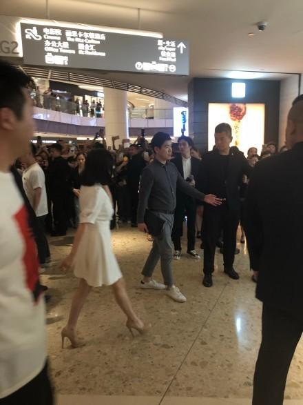 Song Hye Kyo tại sự kiện hôm nay: Chưa cần ảnh HD căng đét đã đẹp khó tin đến nhường này - Ảnh 10.