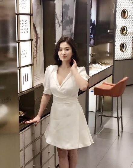 Song Hye Kyo tại sự kiện hôm nay: Chưa cần ảnh HD căng đét đã đẹp khó tin đến nhường này - Ảnh 11.