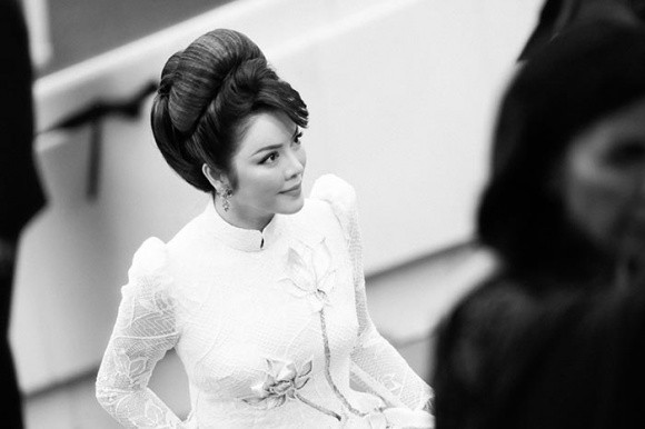 Cuối cùng Lý Nhã Kỳ cũng đưa tà Áo dài truyền thống Việt Nam xuất hiện nổi bật trên thảm đỏ Cannes ngày thứ 7 - Ảnh 7.