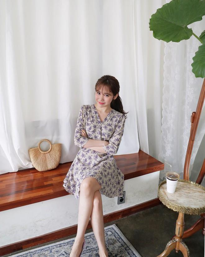 5 kiểu váy áo vừa mát vừa xinh giúp các nàng giấu nhẹm bắp tay to, tha hồ tung tăng bất chấp trời nắng nóng - Ảnh 1.