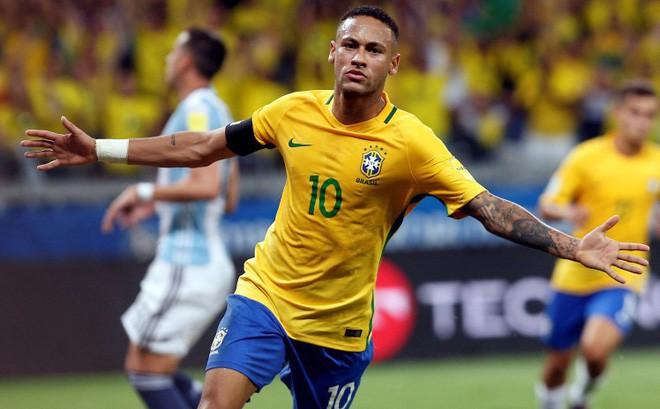 Neymar và bạn gái Bruna diễn cảnh nóng trong chiến dịch quảng cáo mới - Ảnh 3.