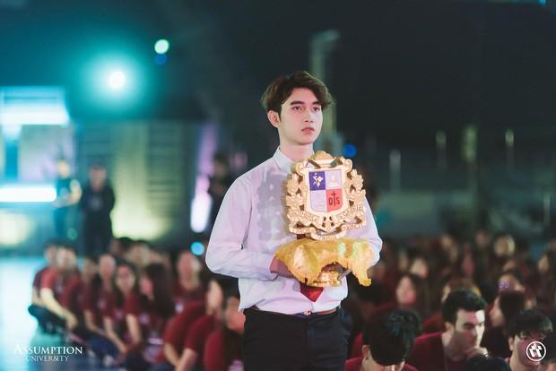 Ở Thái Lan cũng có một ngôi trường mà nơi đó đi 3 bước là gặp trai xinh gái đẹp - Ảnh 7.