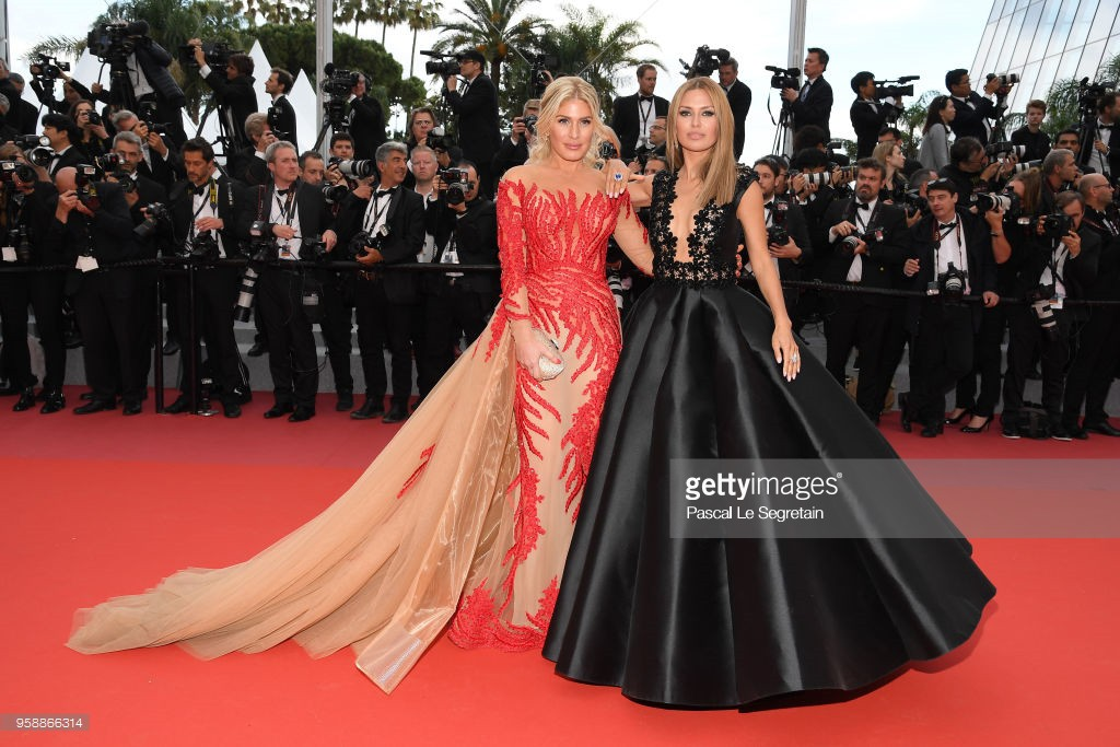 Thảm đỏ Cannes: Sao vô danh cosplay Michael Jackson, Jessica Jung ngốt ngát bên dàn siêu mẫu hạng A hở bạo - Ảnh 12.