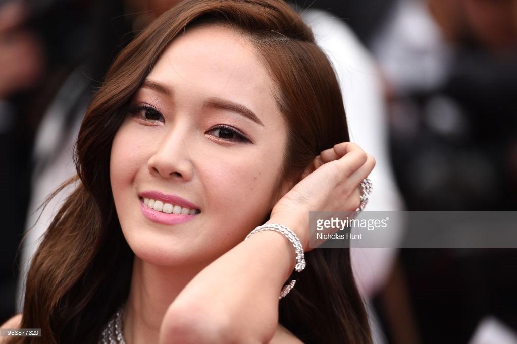 """Muốn làm công chúa """"chặt chém"""" trên thảm đỏ Cannes nhưng dường như Jessica bị thất bại mất rồi - Ảnh 7."""