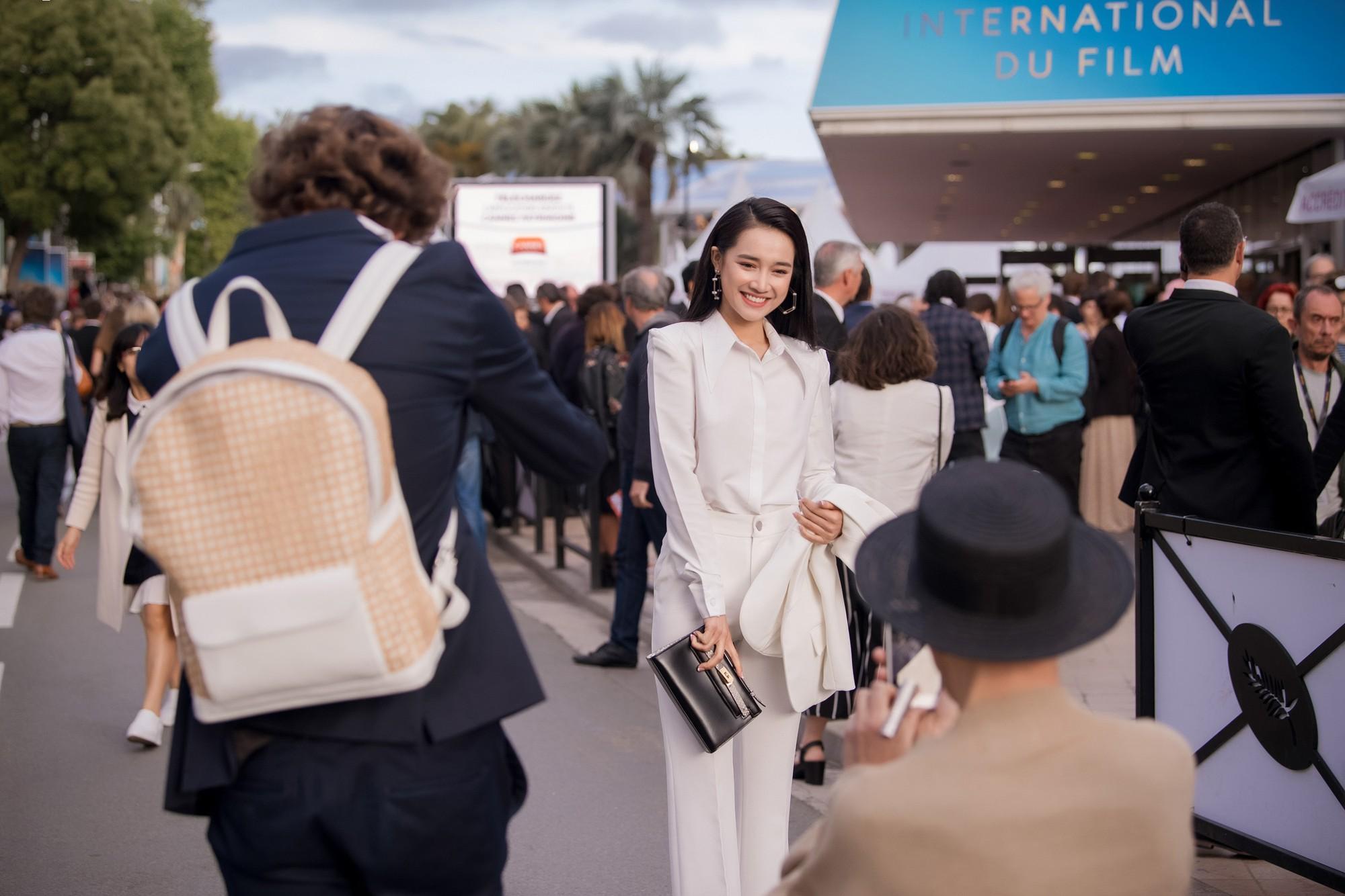 Phim ngắn do Nhã Phương đầu tư và đóng chính được trình chiếu ở LHP Cannes 2018 - Ảnh 12.