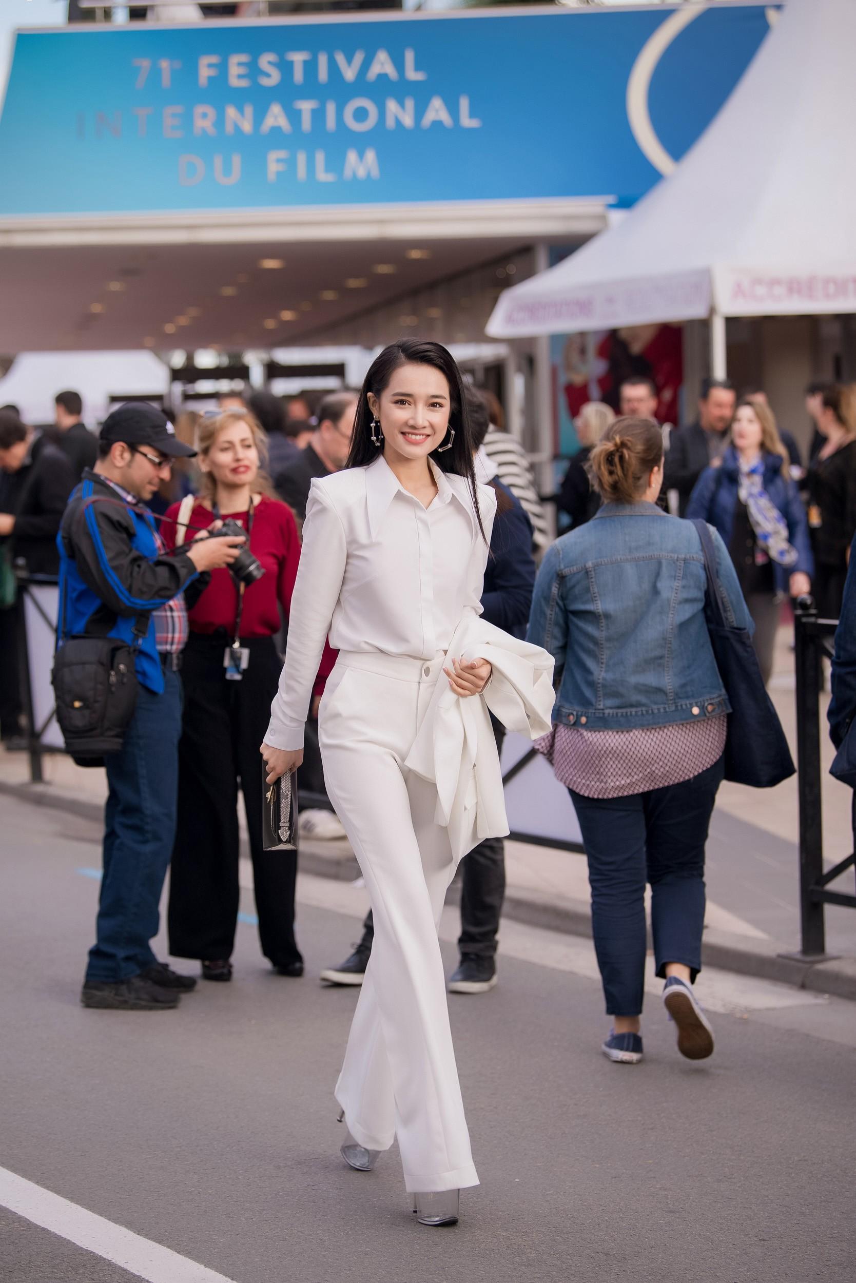 Phim ngắn do Nhã Phương đầu tư và đóng chính được trình chiếu ở LHP Cannes 2018 - Ảnh 13.