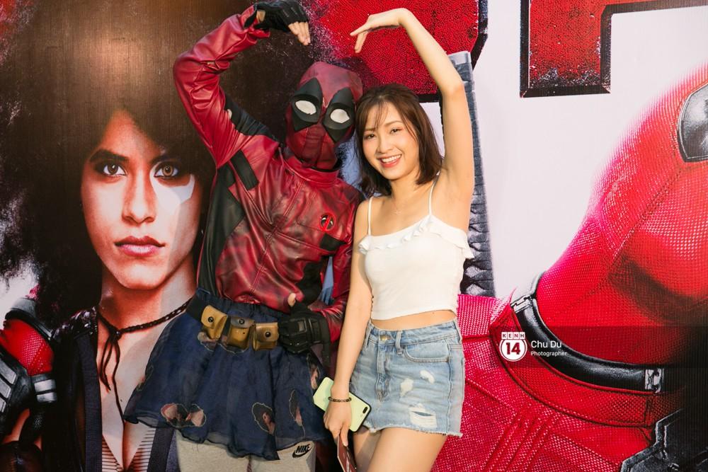 Fan Việt cười sảng sau khi xem bom tấn hài bựa Deadpool 2 - Ảnh 18.