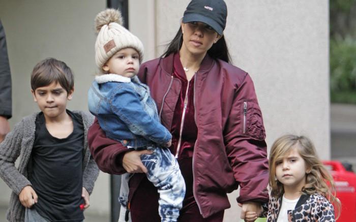 Sinh ra trong Hoàng gia nước Mỹ, các bé nhà Kardashian từ nhỏ phải tuân theo loạt quy định nghiêm ngặt - Ảnh 11.