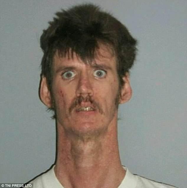 Những tấm ảnh xộ khám hài hước của tù nhân Mỹ: kẻ chỉ có 3 răng, người thì nhìn y chang con lười trong phim Ice Age - Ảnh 3.